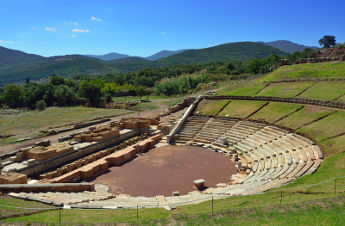 ancient-messini-theater_s